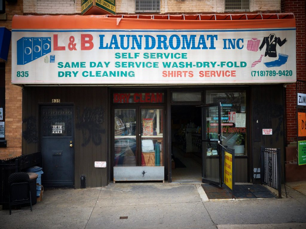 the laundromat cafe